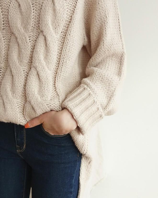 Áo len mặc qua mấy mùa vẫn không bai dão nếu bạn dắt túi những mẹo sau - Ảnh 13.