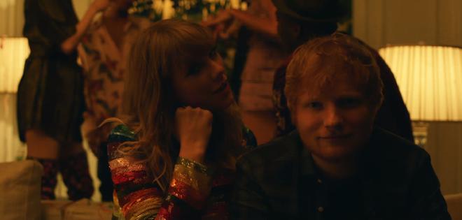 Ed Sheeran - Taylor Swift khiến fan ghen tị vì quá mức thân thiết trong MV mới - ảnh 4