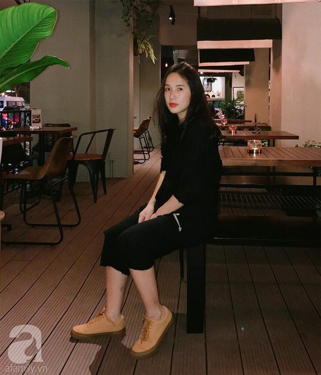 Trần Ngọc Hạnh Nhân: cô nàng 32 tuổi mê sneakers, đang mang bầu tháng cuối nhưng vẫn mặc chất không kém nhiều 9x 10x - Ảnh 15.