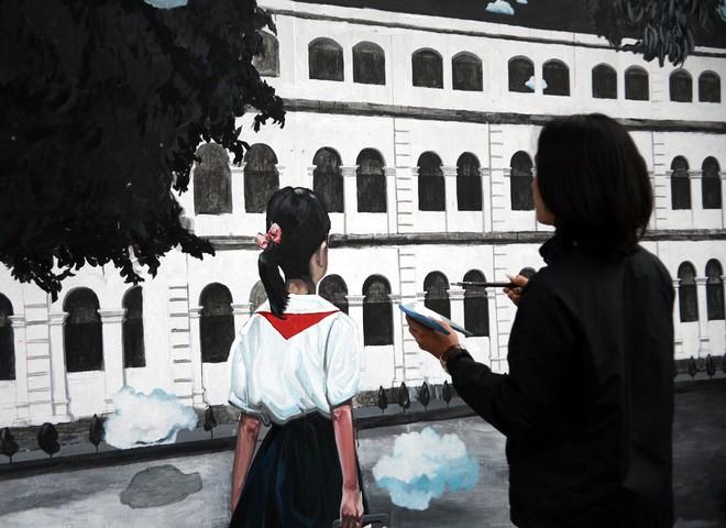 Hà Nội: Phố bích họa Phùng Hưng tái khởi động, hoàn thành trước Tết cổ truyền - Ảnh 1.