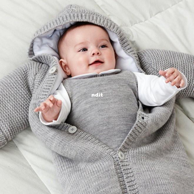 Trời lạnh đến mấy mà biết giữ ấm 4 vị trí này trên cơ thể thì trẻ sẽ không bao giờ ốm - Ảnh 3.