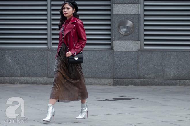 Tuần đầu tiên của năm mới, các quý cô thi nhau dạo phố với style chất khỏi bàn - Ảnh 18.