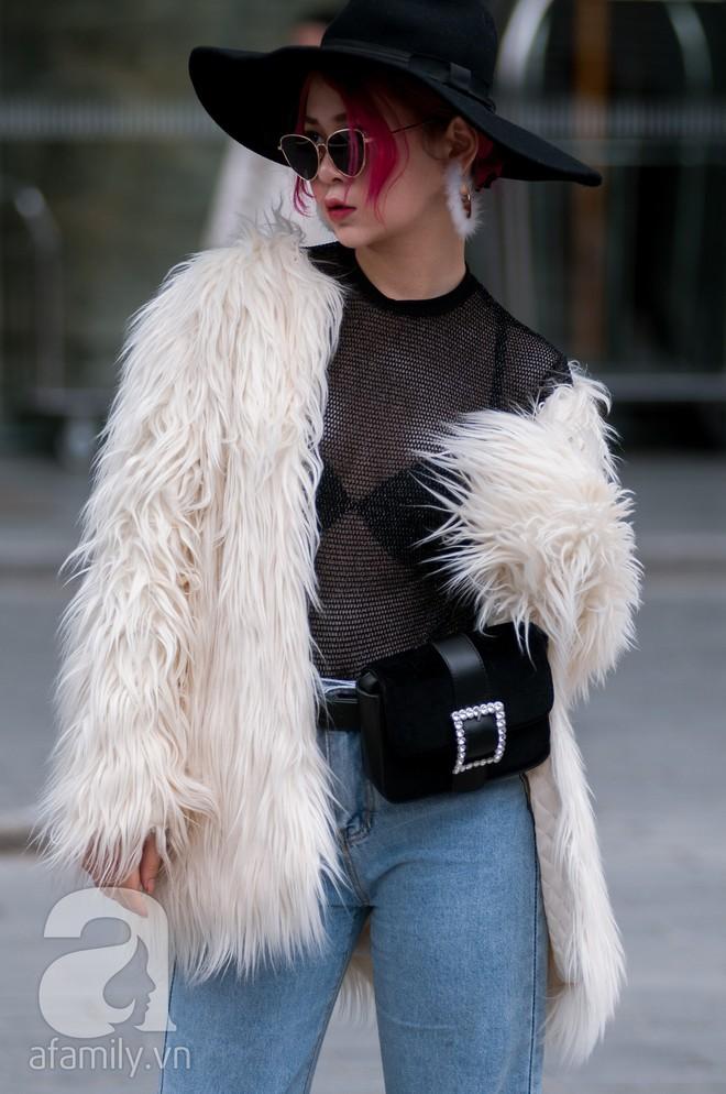 Tuần đầu tiên của năm mới, các quý cô thi nhau dạo phố với style chất khỏi bàn - Ảnh 23.