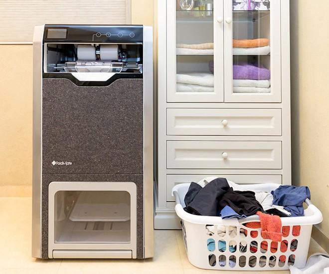 FoldiMate - chiếc máy gấp quần áo siêu nhanh dành riêng cho team ghét việc nhà - Ảnh 8.