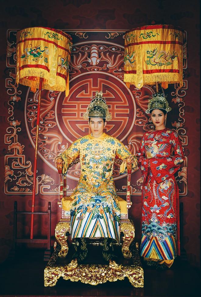 Khánh Ngân lộng lẫy làm làm Hoàng hậu, uy quyền sánh vai bên Ngọc Tình - Ảnh 4.