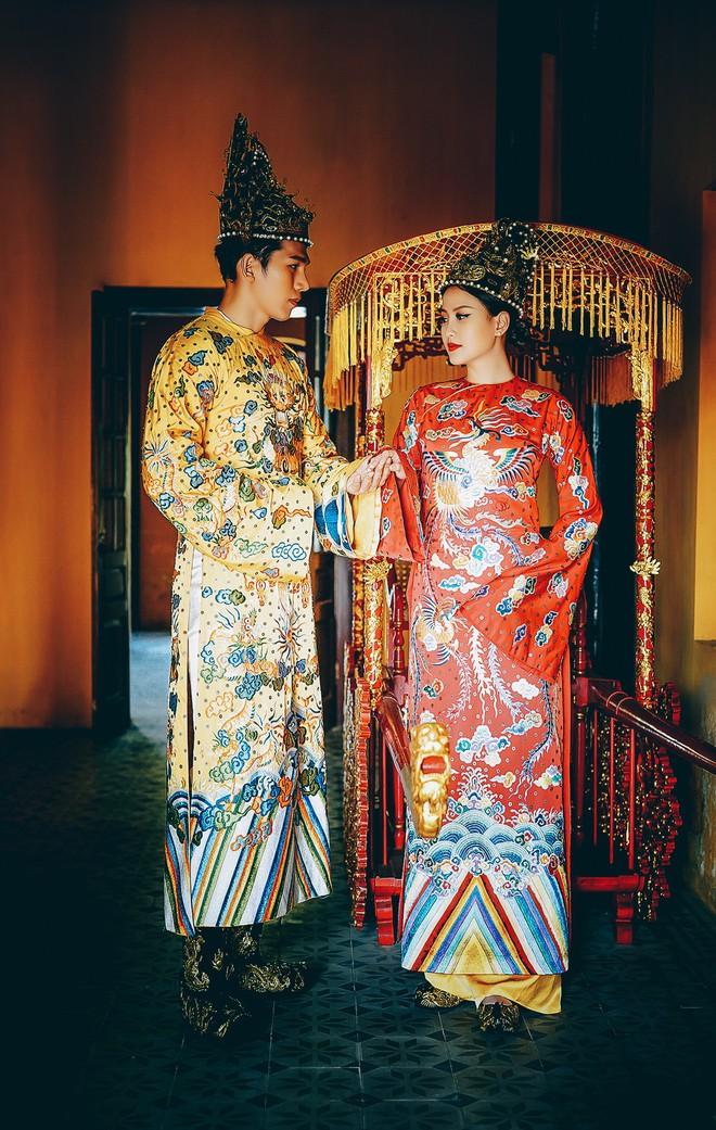 Khánh Ngân lộng lẫy làm làm Hoàng hậu, uy quyền sánh vai bên Ngọc Tình - Ảnh 5.