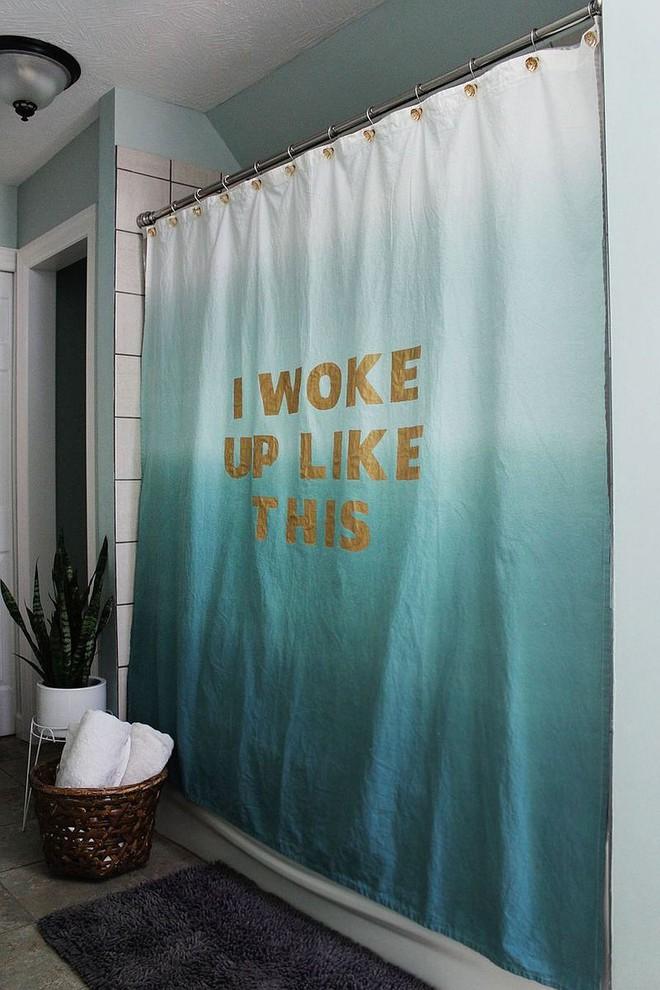 6 ý tưởng tự tay thiết kế rèm nhà tắm đáng để học tập - Ảnh 4.