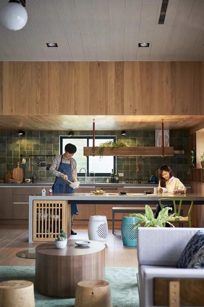 Ngôi nhà ngập tràn yêu thương, đầy nắng gió và cây xanh của cặp vợ chồng trẻ - Ảnh 8.
