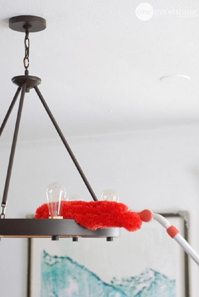 Làm theo 2 điều này thì đèn trong nhà sẽ sạch bong để đón Tết - Ảnh 1.