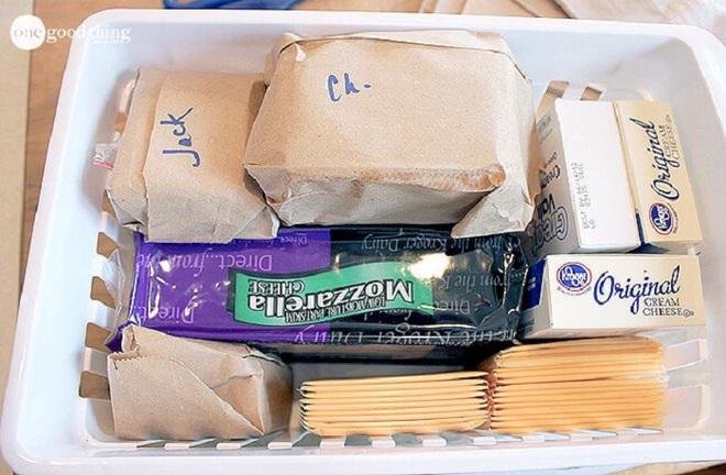 Mách bạn cách làm sạch và sắp xếp thực phẩm trong tủ lạnh ngày Tết - Ảnh 10.