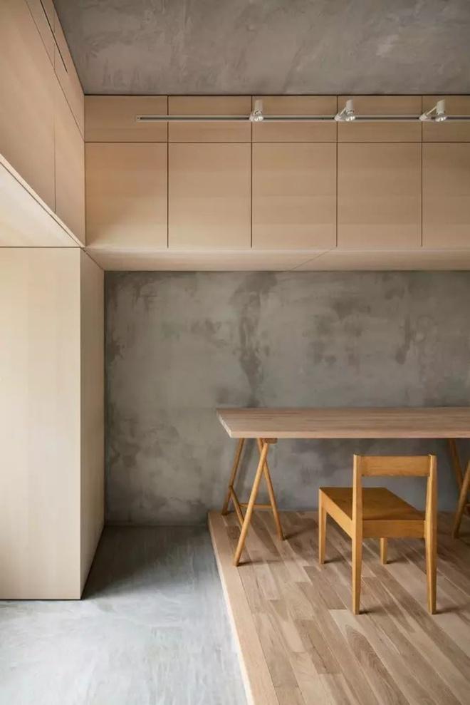 Căn hộ 62m² đẹp cuốn hút và gọn gàng với hàng trăm ngăn tủ của đôi vợ chồng trẻ ở Nhật - Ảnh 3.