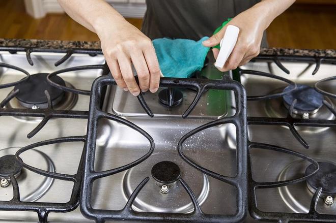 Dù có lên danh sách để vệ sinh nhà cẩn thận đến mấy thì 8 thứ này bạn vẫn thường lơ ngơ mà bỏ sót - Ảnh 3.