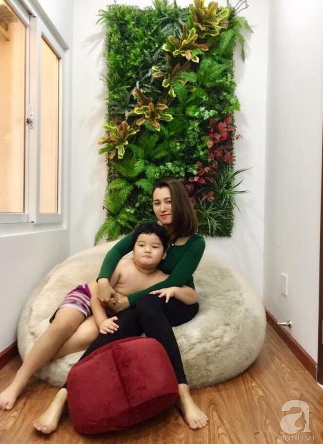 Bà mẹ hai con ở Sài Gòn chia sẻ cách tự tay làm bức tường xanh tươi đón Tết chỉ với 1 triệu đồng - Ảnh 3.