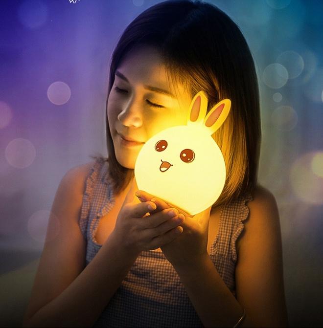 Sắm ngay những mẫu đèn ngủ đẹp như mơ cho nhà thêm lung linh - Ảnh 11.