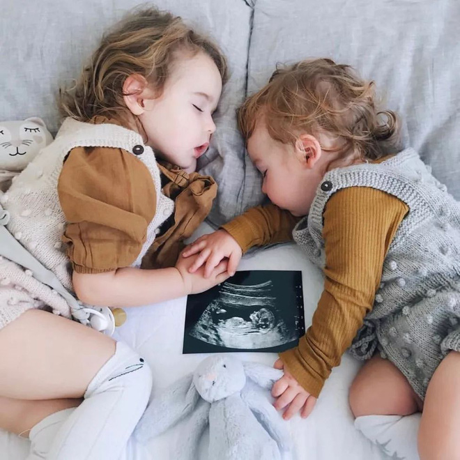 Có một bà mẹ chỉ chụp ảnh con ngủ mà cũng gây sốt đến thế - Ảnh 16.
