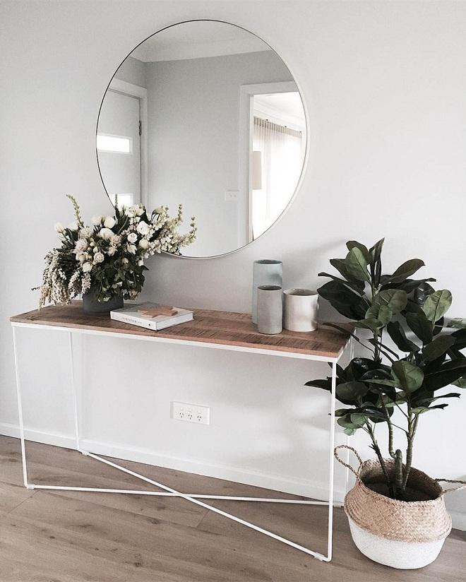 Chỉ cần một chiếc bàn nhỏ đủ khiến cho lối hành lang gia đình bạn ghi điểm   - Ảnh 6.