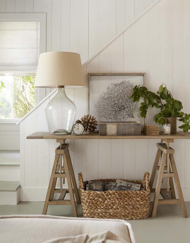 Chỉ cần một chiếc bàn nhỏ đủ khiến cho lối hành lang gia đình bạn ghi điểm   - Ảnh 10.