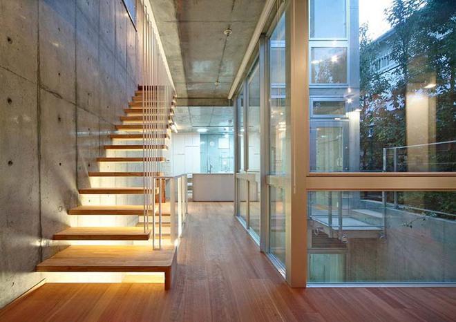 Nếu bạn nghĩ đơn giản sẽ khó tạo ấn tượng thì phải nhìn ngay những mẫu cầu thang này - Ảnh 2.
