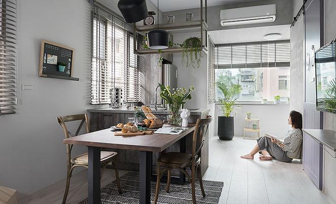 Căn hộ màu xám với thiết kế cửa trượt thông minh tạo nên không gian hạnh phúc của hai cô gái trẻ - Ảnh 7.