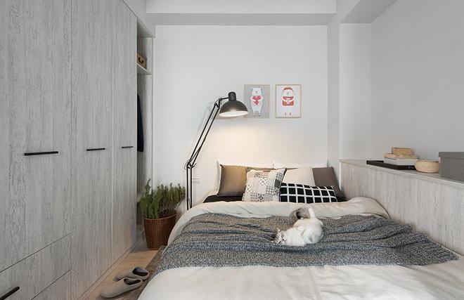 Căn hộ màu xám với thiết kế cửa trượt thông minh tạo nên không gian hạnh phúc của hai cô gái trẻ - Ảnh 9.