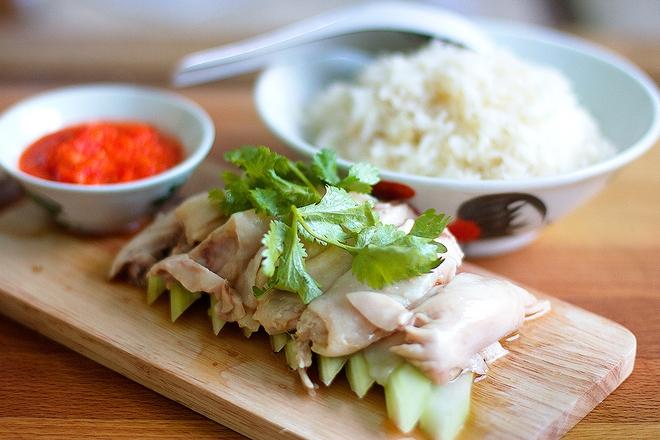 7 món ăn giá bình dân những ngon xuất sắc nên nếm khi đến Singapore - Ảnh 3.