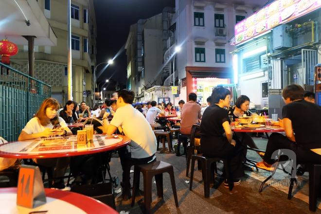 7 món ăn giá bình dân những ngon xuất sắc nên nếm khi đến Singapore - Ảnh 8.