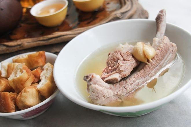 7 món ăn giá bình dân những ngon xuất sắc nên nếm khi đến Singapore - Ảnh 15.
