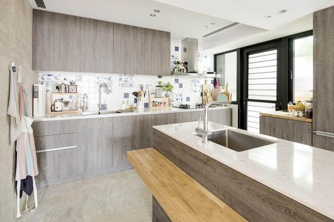 Căn hộ cuốn hút mọi ánh nhìn nhờ ưu ái thiết kế với chất liệu gỗ - Ảnh 9.