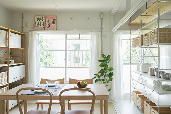 """Căn hộ nhỏ 56m² thoáng sáng bất ngờ nhờ tiện nghi """"tối giản"""" ở Nhật - Ảnh 4."""