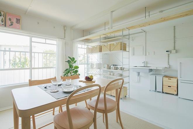 """Căn hộ nhỏ 56m² thoáng sáng bất ngờ nhờ tiện nghi """"tối giản"""" ở Nhật - Ảnh 5."""