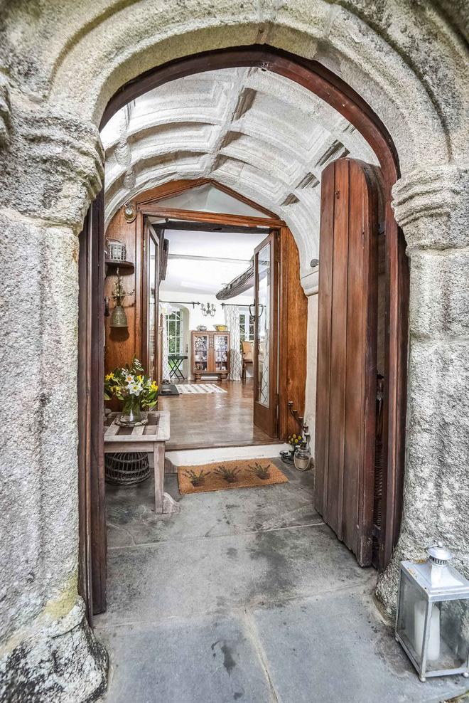Chiêm ngưỡng ngôi nhà cổ duyên dáng nhất trong lịch sử ở Cornwall - khu du lịch nổi tiếng của nước Anh - Ảnh 3.
