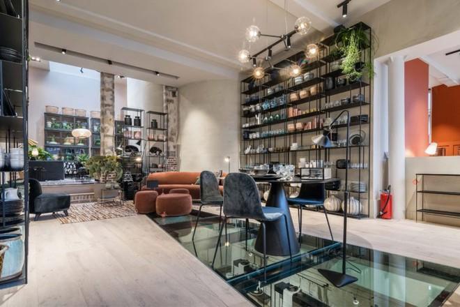 Khám phá vẻ đẹp đậm chất Địa Trung Hải trong căn hộ rộng tới 285m² - Ảnh 5.
