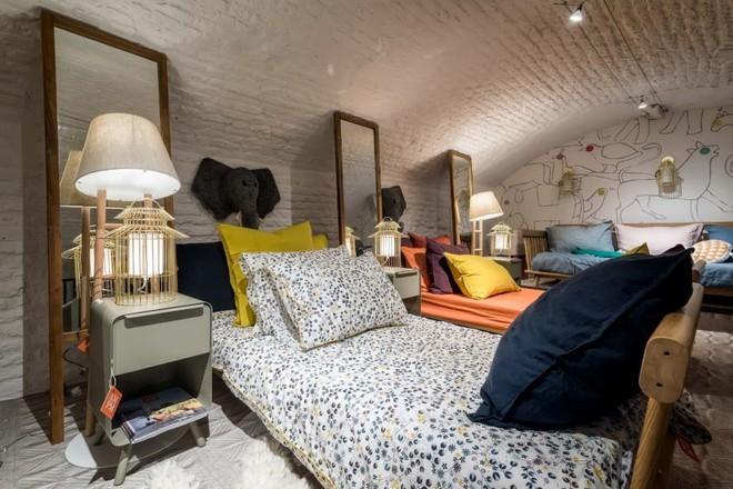 Khám phá vẻ đẹp đậm chất Địa Trung Hải trong căn hộ rộng tới 285m² - Ảnh 11.