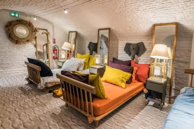 Khám phá vẻ đẹp đậm chất Địa Trung Hải trong căn hộ rộng tới 285m² - Ảnh 12.