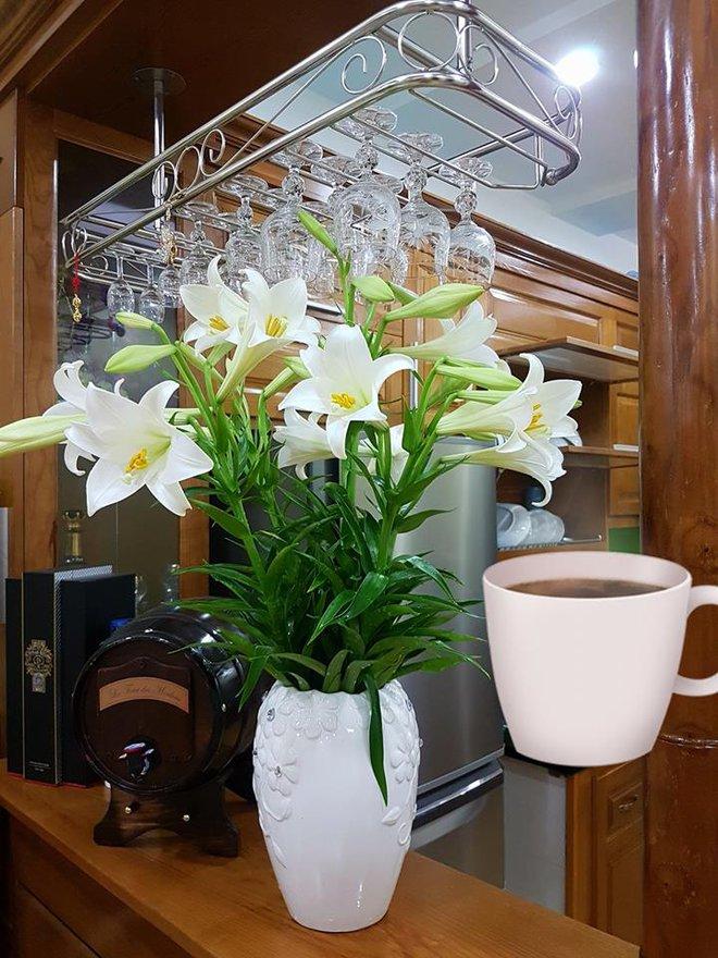 Tháng 4 về, ai cũng dành một góc nhà tinh khôi trong trẻo với hoa loa kèn - Ảnh 7.