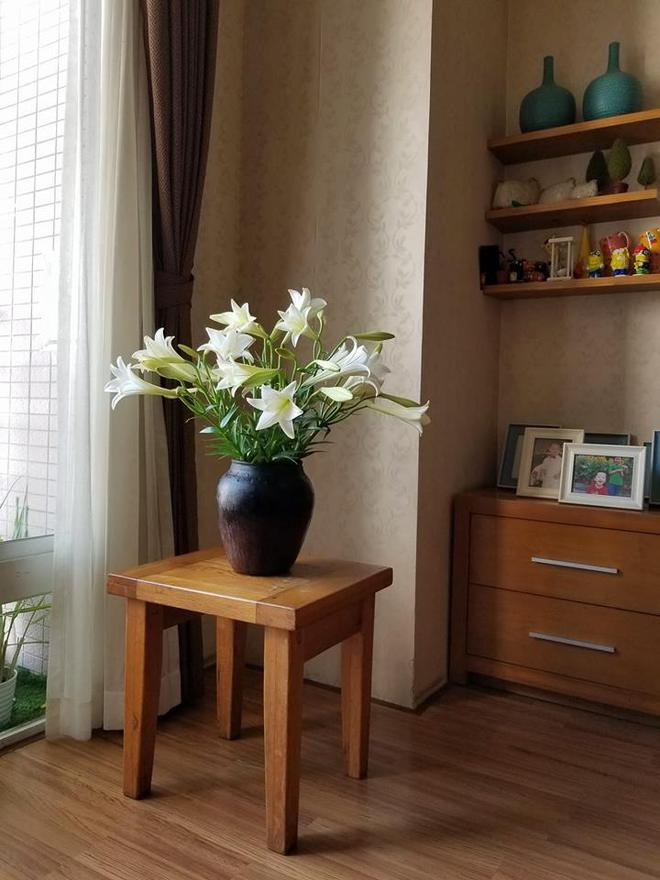 Tháng 4 về, ai cũng dành một góc nhà tinh khôi trong trẻo với hoa loa kèn - Ảnh 9.