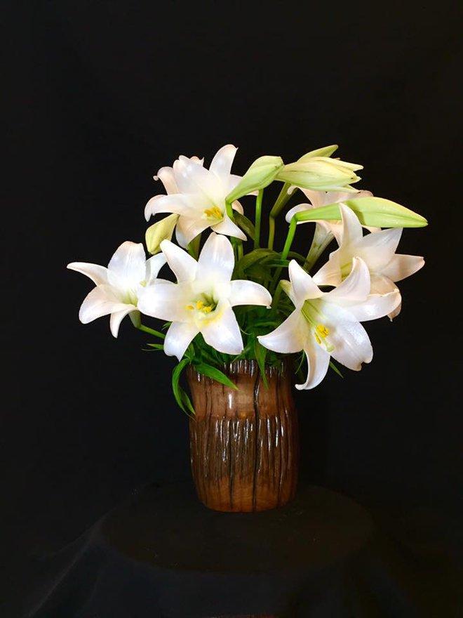 Tháng 4 về, ai cũng dành một góc nhà tinh khôi trong trẻo với hoa loa kèn - Ảnh 19.