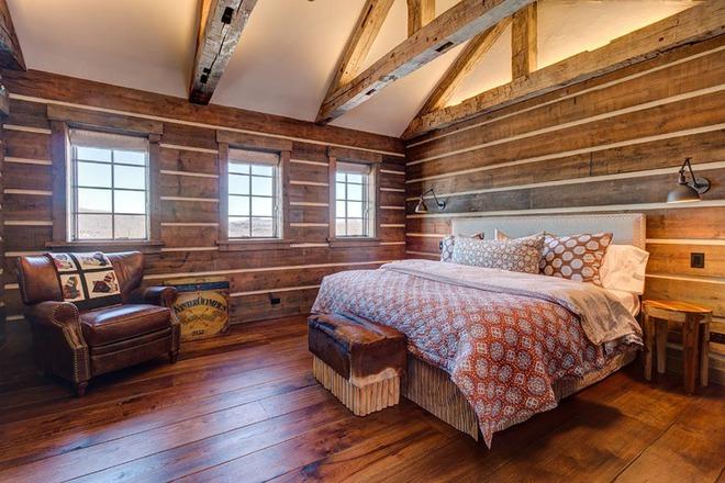 Bạn sẽ thấy tuyệt vời biết mấy khi sở hữu một phòng ngủ rustic thế này - Ảnh 2.