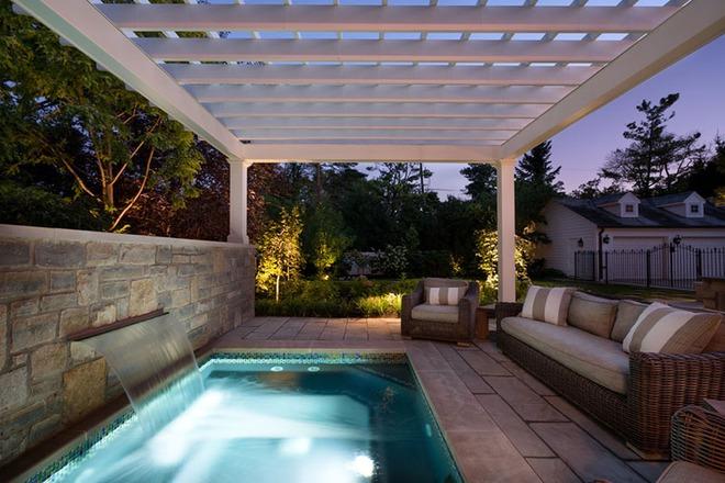 Những ngôi nhà sở hữu bể bơi ngoài trời đẹp đến lịm tim - Ảnh 14.