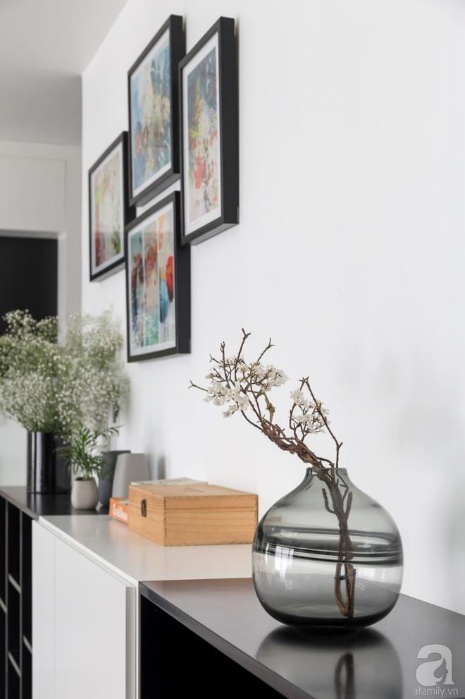 Căn hộ đen trắng 100m² đẹp như nhà trên báo nước ngoài với tổng chi phí 850 triệu đồng ở Thanh Xuân, Hà Nội - Ảnh 11.