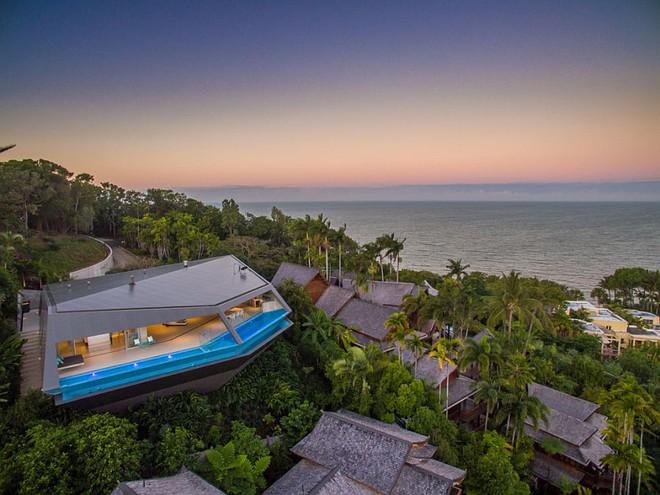 Choáng ngợp với căn biệt thự đạt giải Nhất về kiến trúc vì tiện nghi hoàn hảo như một khu nghỉ dưỡng - Ảnh 2.
