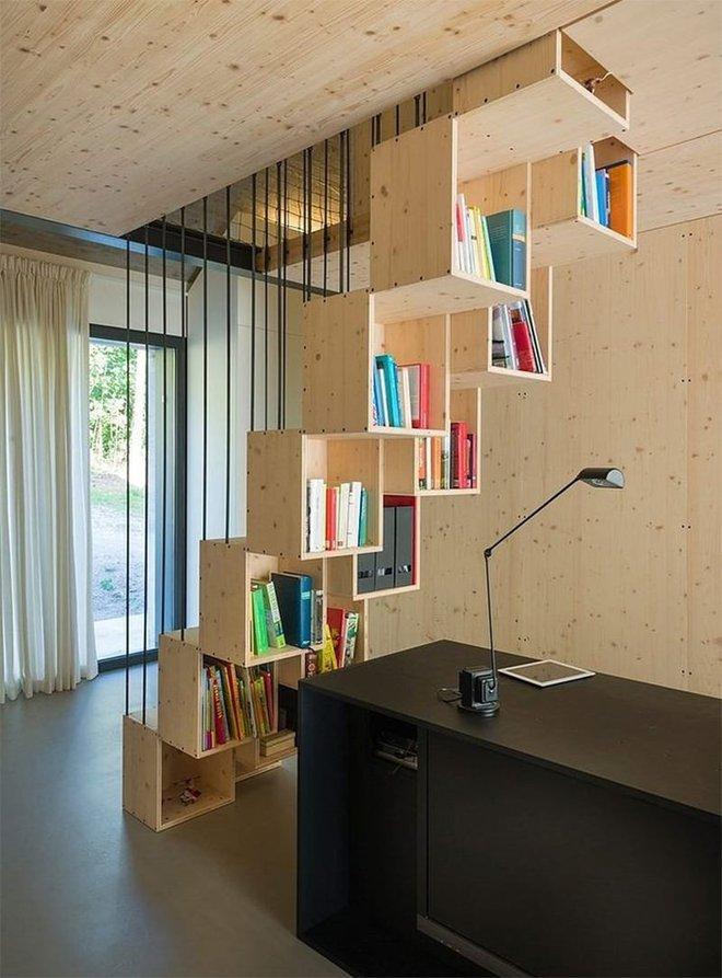 Những thiết kế tích hợp kệ sách với cầu thang vô cùng độc đáo - Ảnh 1.