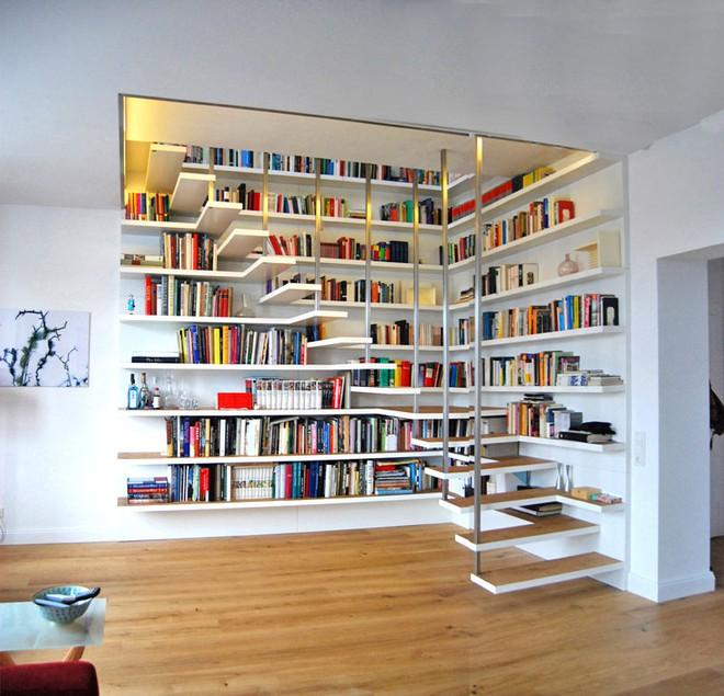 Những thiết kế tích hợp kệ sách với cầu thang vô cùng độc đáo - Ảnh 7.
