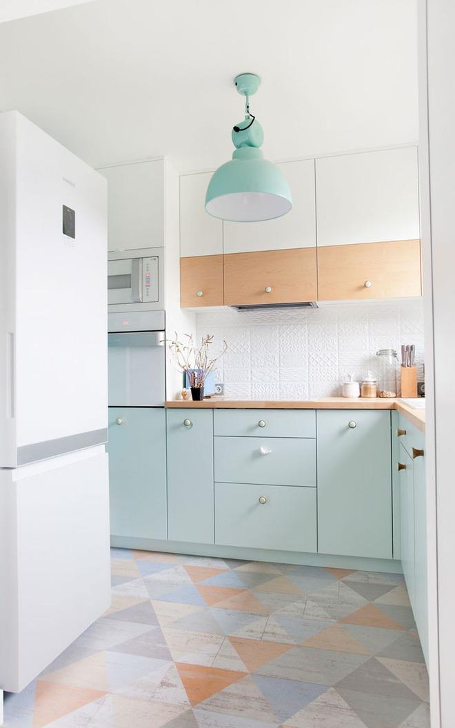 Những căn bếp nhỏ đẹp tới mức bạn sẵn sàng bỏ bếp rộng để được ở trong không gian này - Ảnh 14.