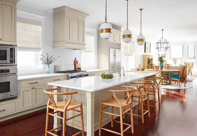 Chỉ nhờ một yếu tố nhỏ này thôi mà căn bếp gia đình trông đẹp hơn gấp mấy phần - Ảnh 3.