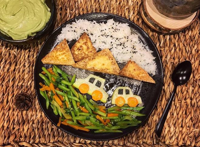 Mẹ Việt ở Pháp chia sẻ kinh nghiệm trang trí bữa ăn cho con chẳng khác gì những tác phẩm nghệ thuật đỉnh cao - Ảnh 7.