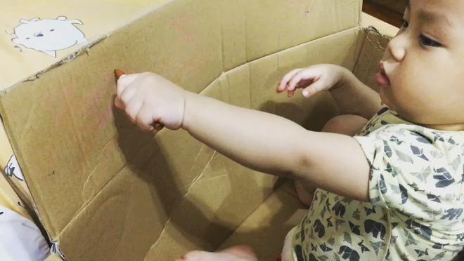 Gặp bà mẹ siêu sáng tạo hay gom rác chơi với con, lợi đủ trăm đường mà không tốn mấy đồng mua đồ chơi - Ảnh 7.