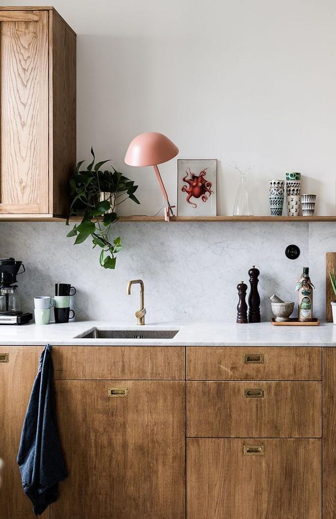 Giữa muôn vàn chất liệu khác nhau thì đá cẩm thạch vẫn luôn là lựa chọn hàng đầu cho mặt bàn bếp - Ảnh 8.