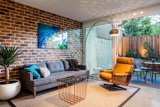 Ngây ngất trước vẻ đẹp của những phòng khách mang phong cách midcentury hiện đại nhưng vô cùng ấm cúng - Ảnh 6.