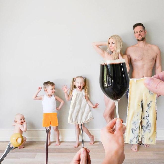 Bà mẹ 3 con gây sốt khi khoe bộ sưu tập ảnh gia đình có một không hai - Ảnh 4.
